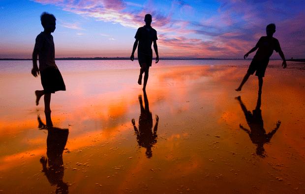 Seaside-reflection-photography